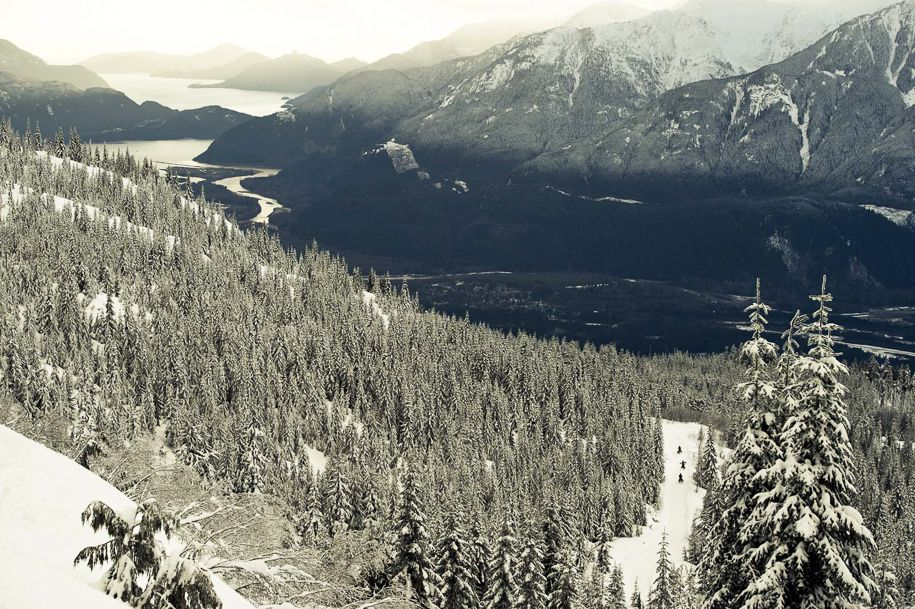 Snowmobiles_Canada_Blotto_0996