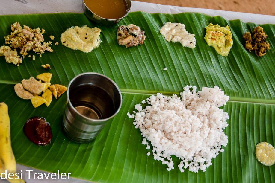 7 Kerala Experiences - Sadya in kerala