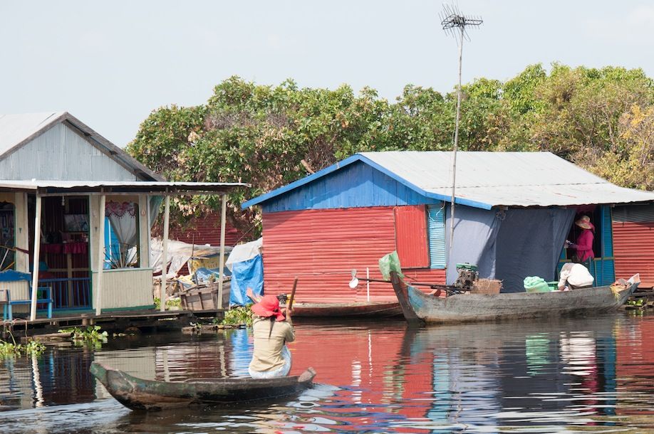 10_The picturesque floating villages of Cambodia need no filter