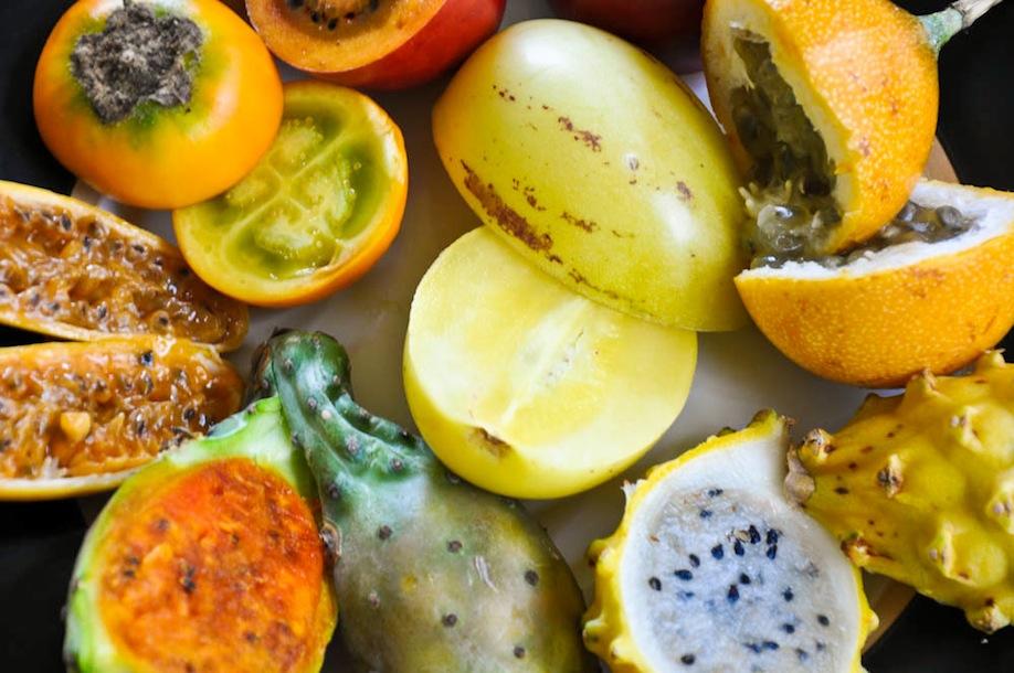 7_Des fruits exotiques de l'Équateur de très près