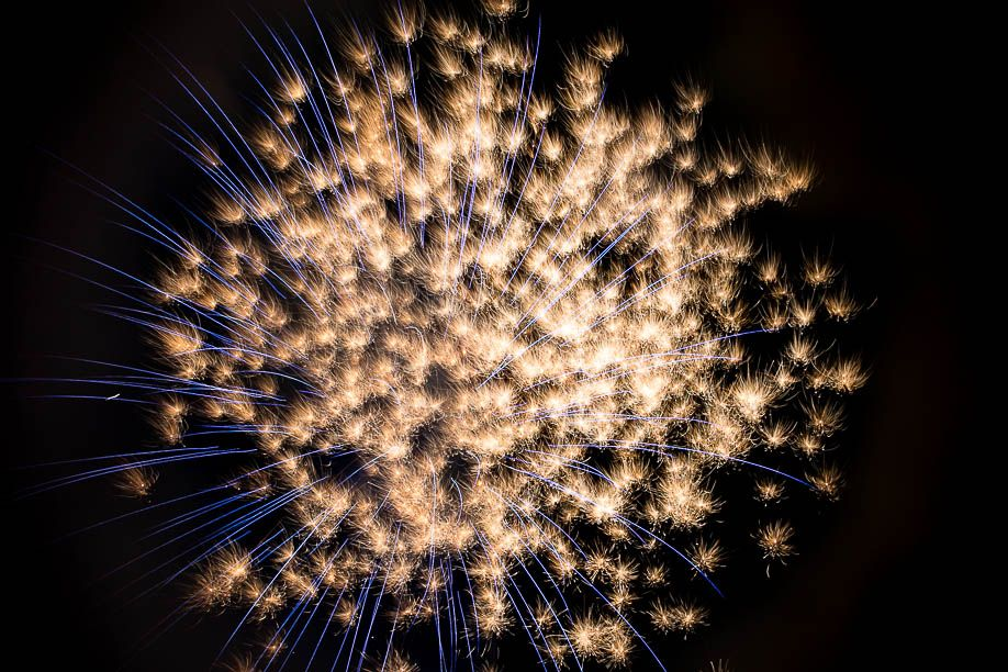 How to Photograph Fireworks by Kat Molesworth-7