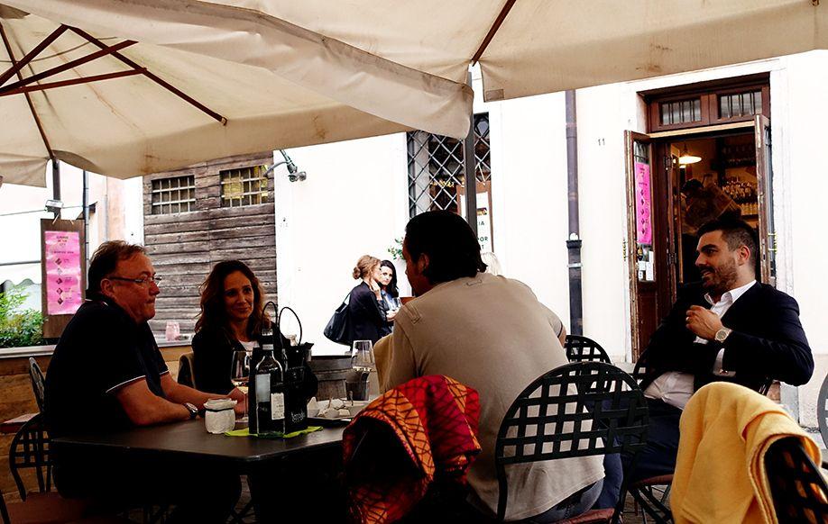 北イタリアぶらり探訪 ひとり旅 食事風景