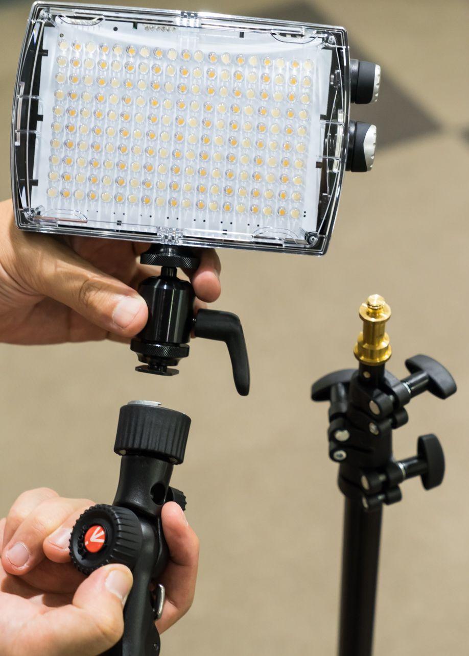 ポートレイト撮影の方法と照明を使った楽しみ方。MLS900FTのLEDとスナップティルトヘッド
