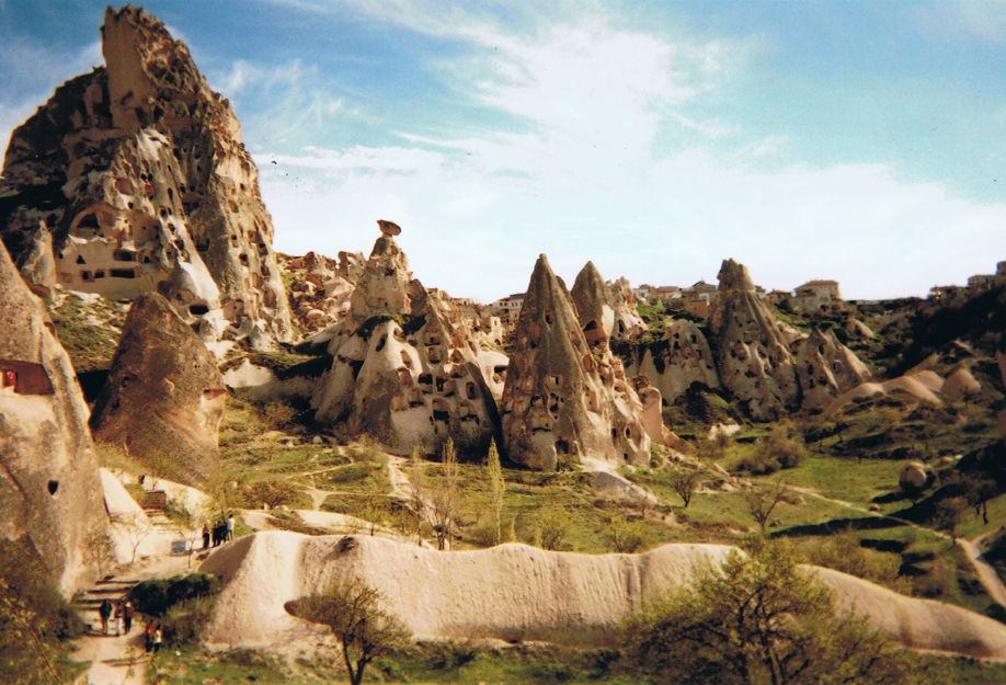 Disposable camera - ©jaimelemonde.fr - Turkey - The village of Uçhisar in Cappadocia