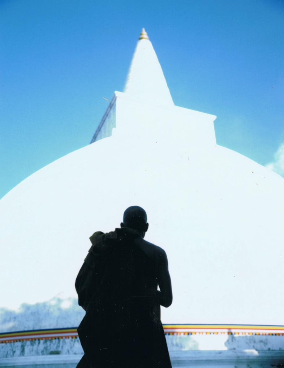 Sri Lanka - Mamiya Universal & Polaroid back - Fuji FP100C film - ©jaimelemonde.fr - Anuradhapura - Buddhist monk before a stupa