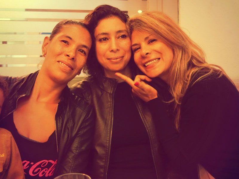 sisters_in_love