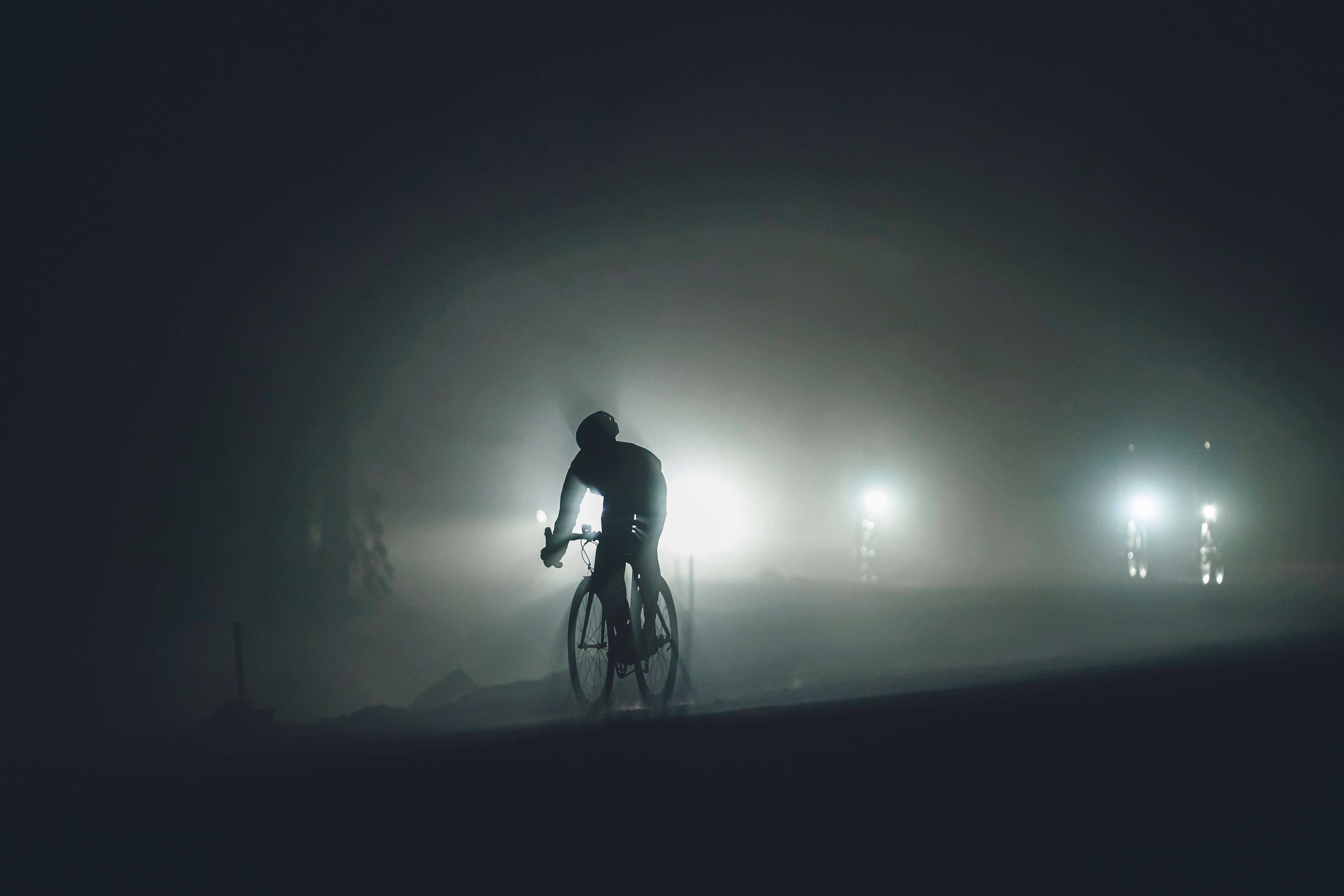 Volodya Voronin  cycling photography for manfrott