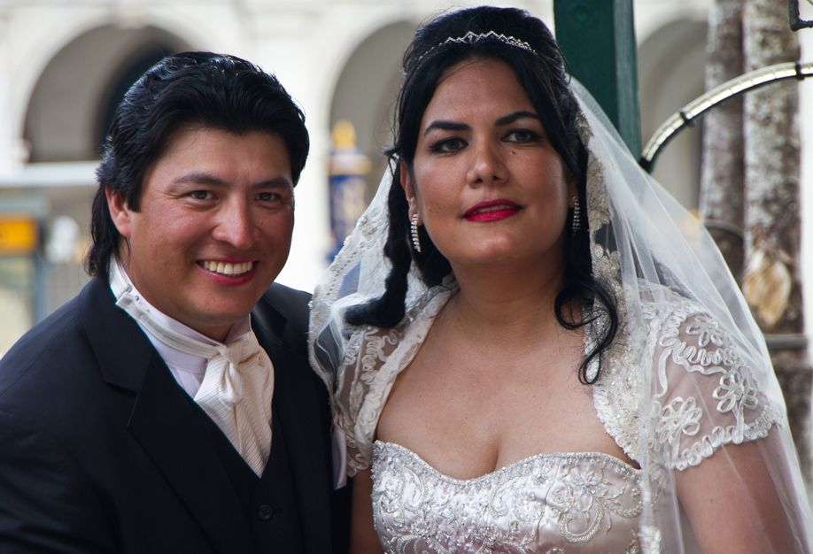 Venice Wedding Couple Shows Up to Take Gondola Ride