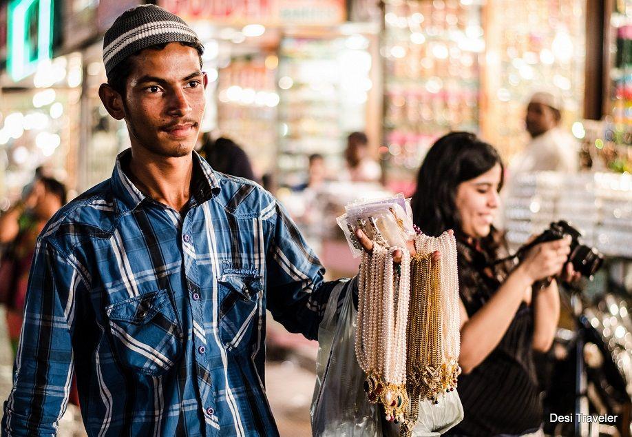 Pearl Seller at charminar