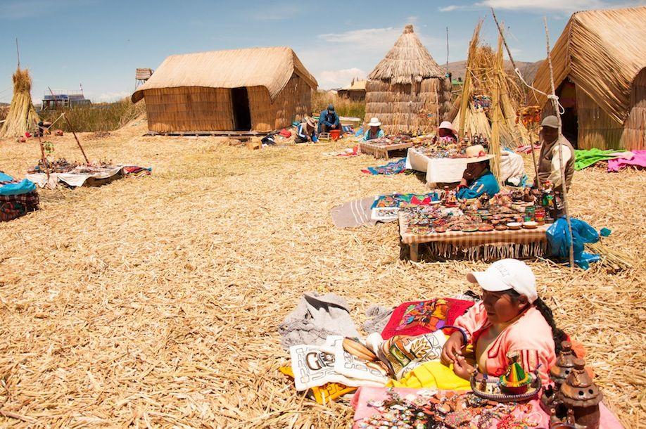 4BKPK_The most touristic island in Lake Titicaca