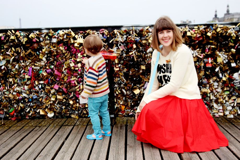 love lock bridge paris manfrotto