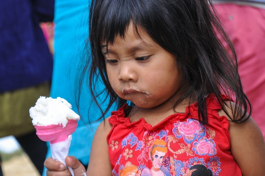 02_Guatemalan girl is too busy minding her icecream to realize all eyes are on her