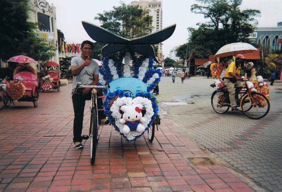 Disposable camera - ©jaimelemonde.fr - Malaysia - Malacca and its whimsical tuk-tuks