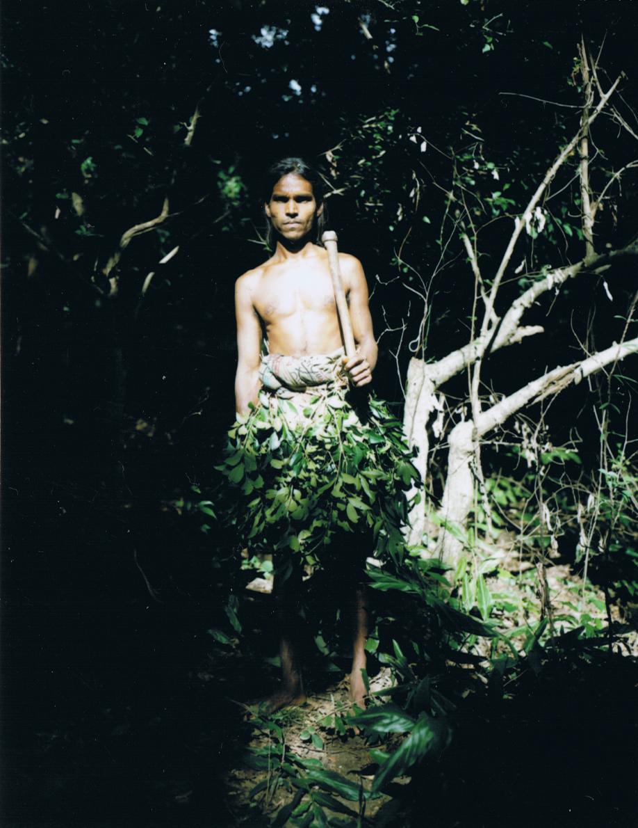Vedda tribesman - Sri Lanka - Mamiya Universal & Polaroid back - Film Fuji FP100C - ©jaimelemonde.fr