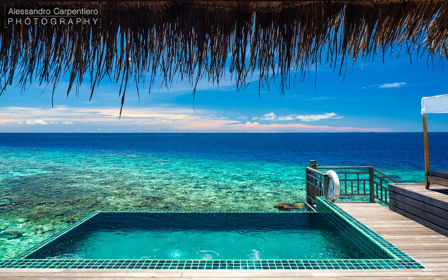 Alessandro Carpentiero 02 - Morning in the Maldives