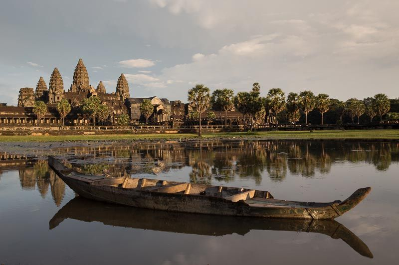 Manfrotto Bravo 30 camera bag photo shoot Angkor Wat Cambodia Di
